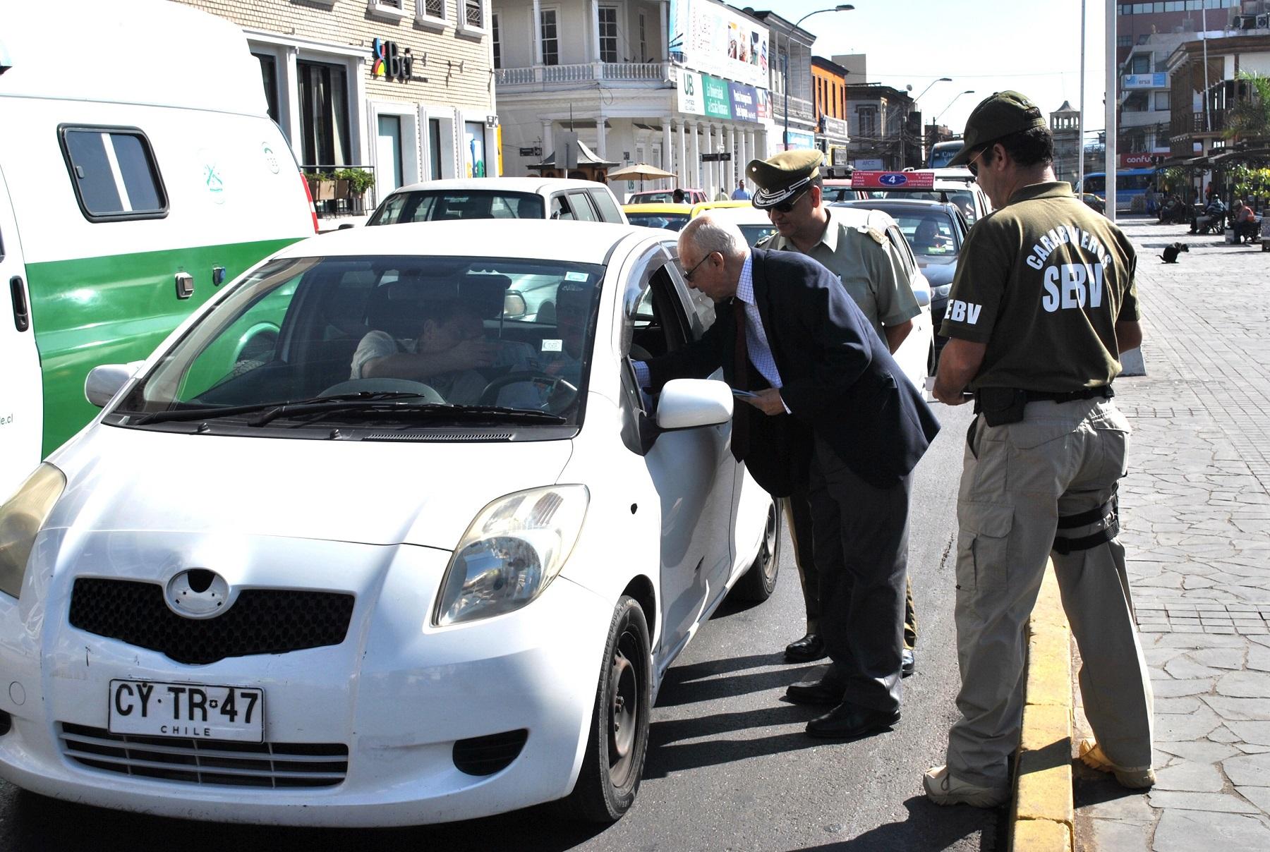 Photo of Carabineros, PDI y Gobernación lanzan Aplicación para evitar el robo de autos
