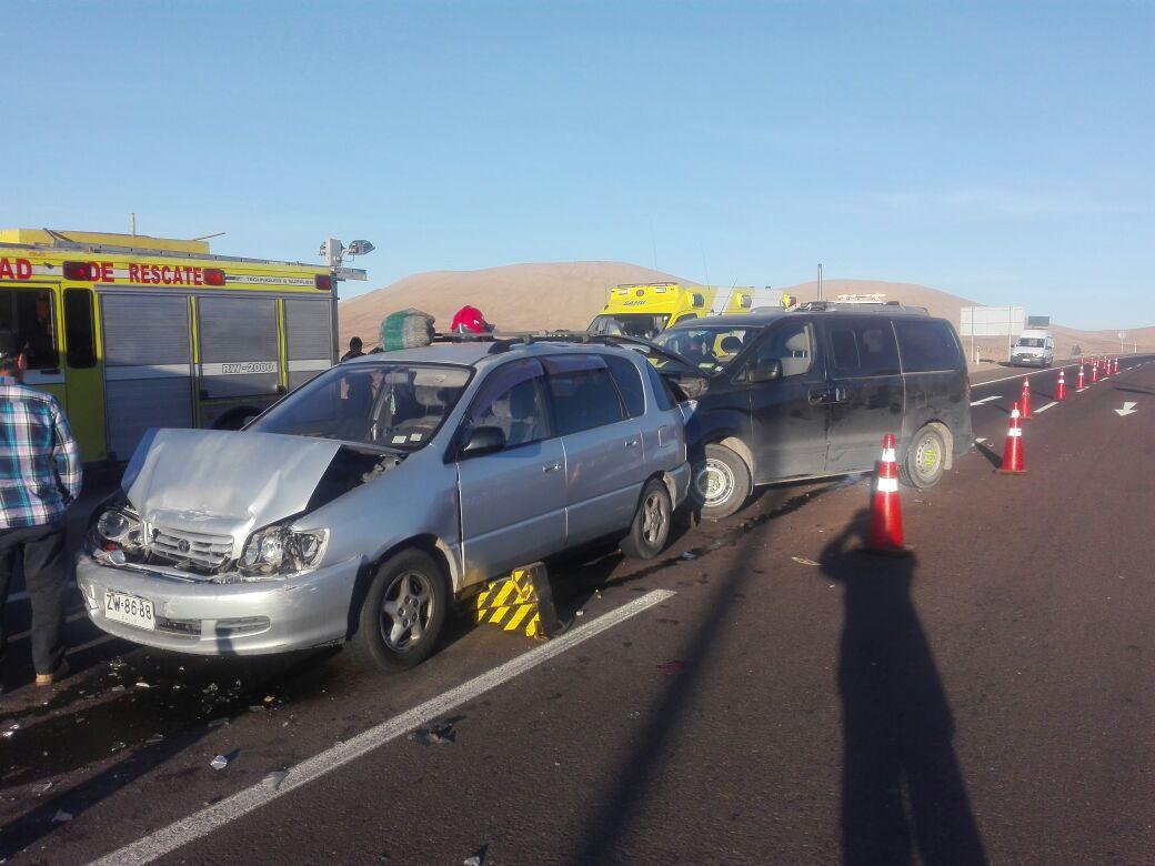 Photo of Seis lesionados en colisión múltiple ocurrida en ruta A-16