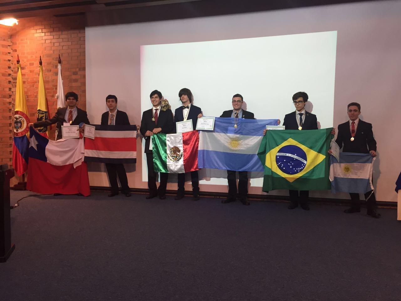Photo of Estudiante iquiqueño se trae medalla de oro de Olimpiada Iberoamericana de Química