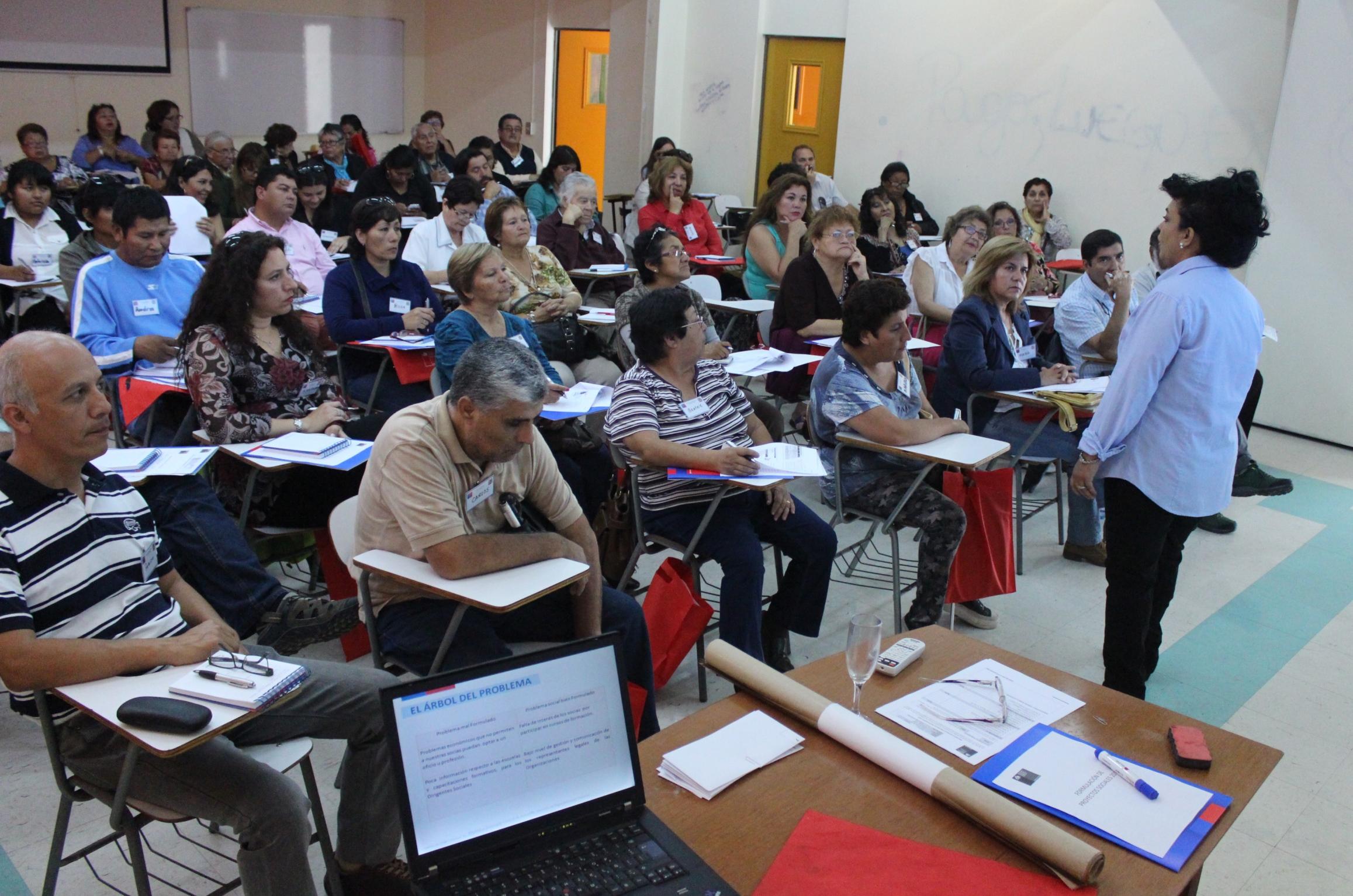 Photo of Partió Escuela de Formación Ciudadana para dirigentes sociales de Tarapacá