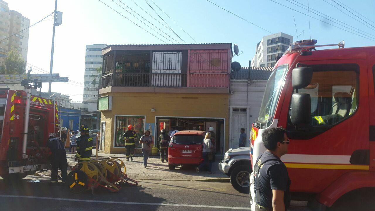 Photo of Inflamación de cocina en local de comida movilizó a Bomberos