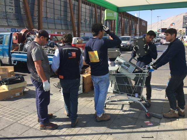 Photo of Feria del reciclaje reunió más de 28 toneladas de residuos electrónicos